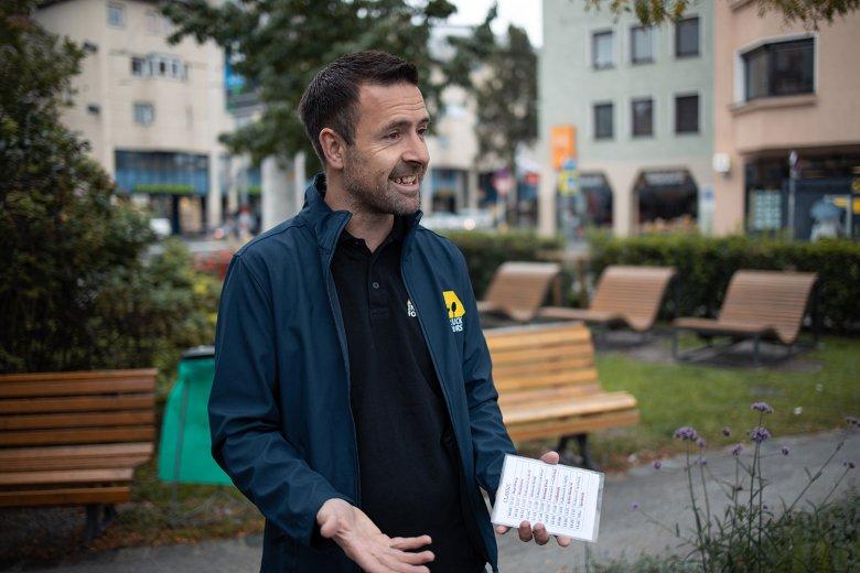 Kurt Reindl ist eher an Gäste aus Übersee gewöhnt, heute macht er die Tour mal auf Deutsch.