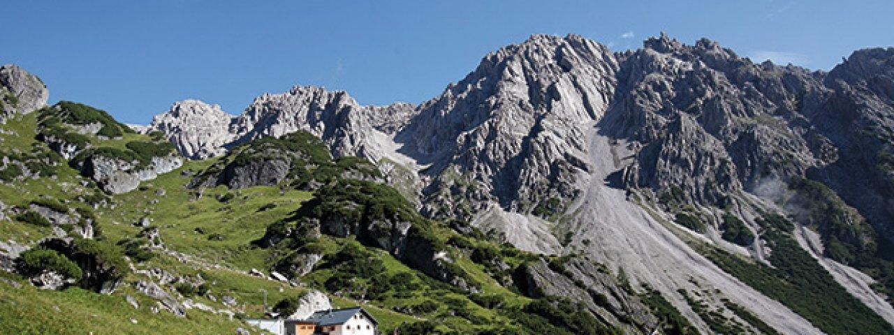Blick auf die Muttekopfhütte, © Muttekopfhütte