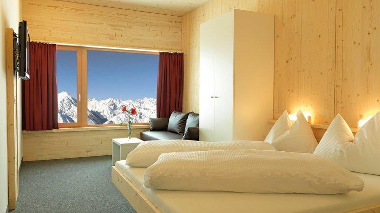 Zimmer auf der Venet Gipfelhütte, © Bergbahnen Venet