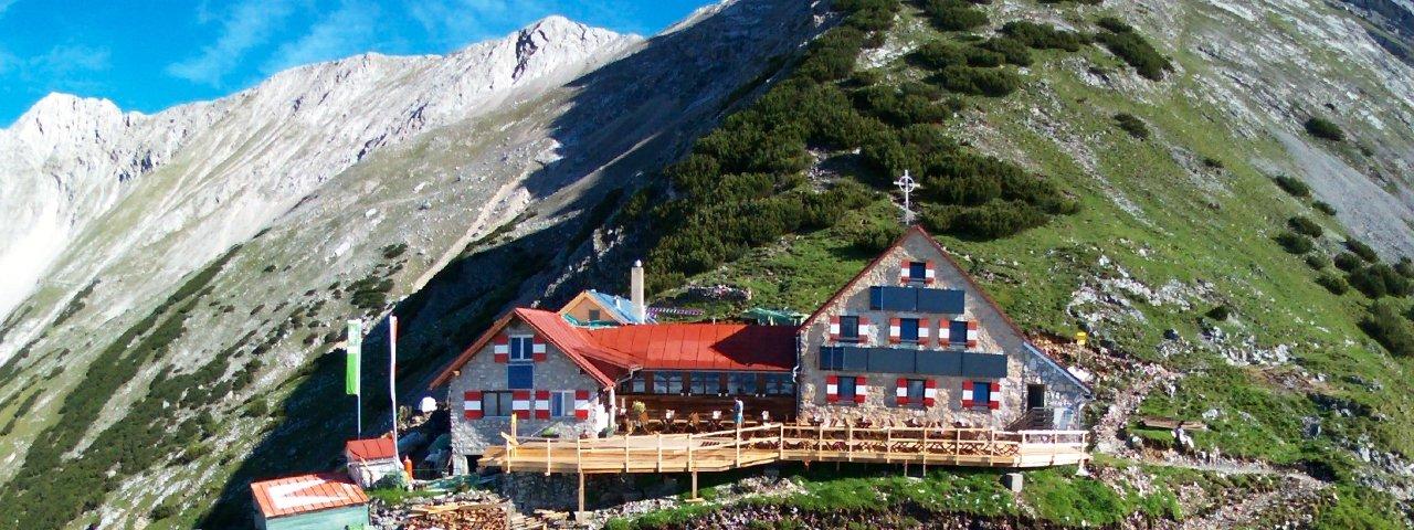 Bettelwurf Hütte im Karwendel, © Bettelwurf Hütte