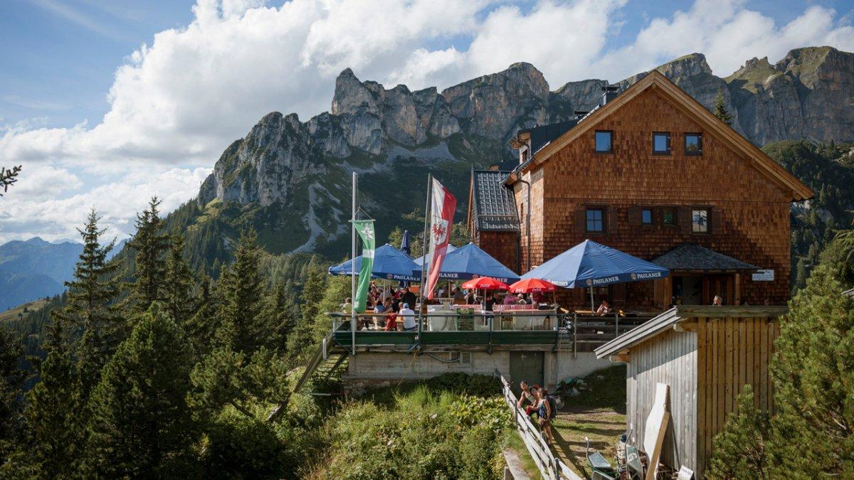 Adlerweg: Etappenziel Erfurter Hütte, © Tirol Werbung