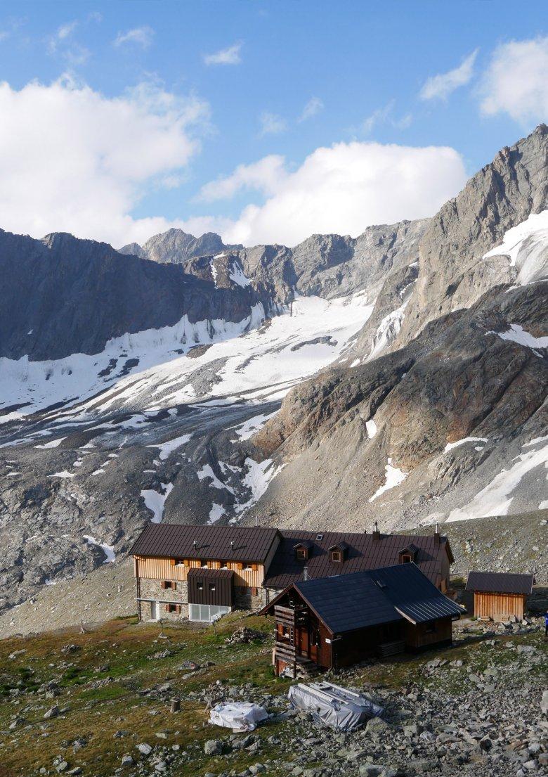 Die Kaunergrathütte wird ausschließlich mit erneuerbaren Energien betrieben.