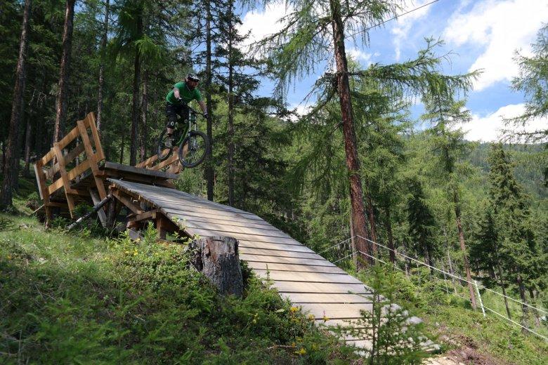 Ziiiieeh! Holzbrückendrop mit viel Auslauf.