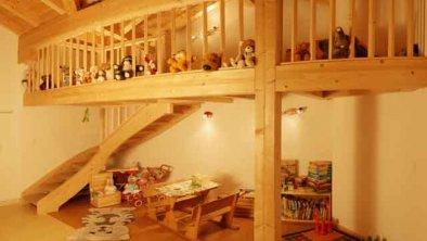 Kinderspielzimmer, © * der Hit für unsere kleinen Gäste ist das Spielzimmer direkt zwischen den beiden Wohnungen gelegen