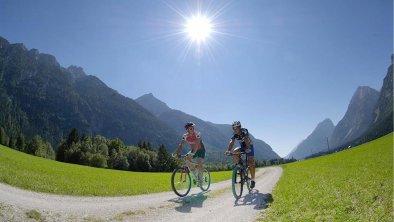 Radfahren in Leutasch, © Olympiaregion Seefeld