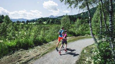 Laufen im Reither Moor, © Olympiaregion Seefeld - Stephan Elsler