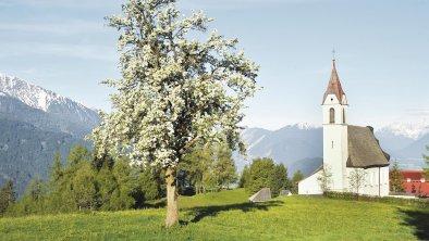 Blick auf Pfarrkirche in Mösern, © Olympiaregion Seefeld
