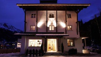 Bei Nacht - Valluga Hotel, © Valluga Hotel
