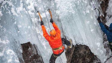 Eine über 20-jährige Erfolgsgeschichte: Das Eis Total Kletter-Festival hat sich im Pitztal etabliert, © TVB Pitztal / Chris Walch