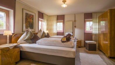Schlafzimmer Doppelbett, © Dobernig_TVB_MÜLLNERHAUS