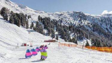 Kinderskikurs im Skigebiet Hochzeiger in Jerzens, © Tirol Werbung/Robert Pupeter