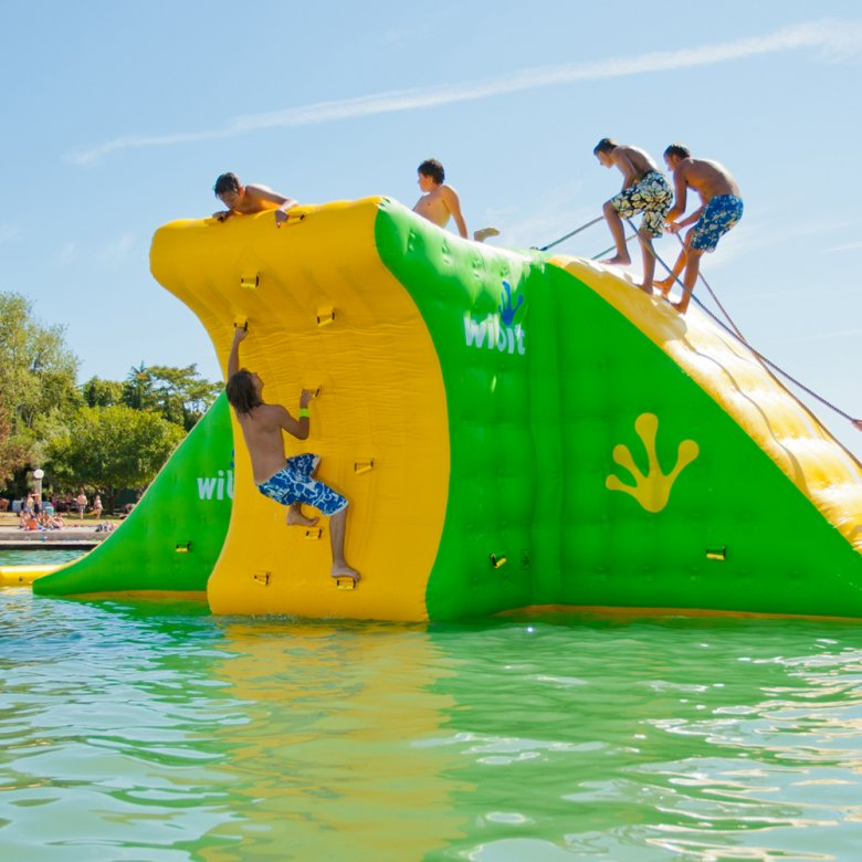 Action Tower im Badesee Ried