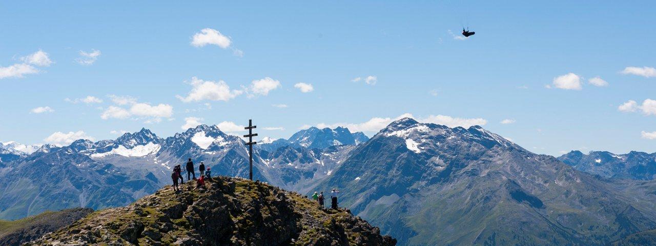 Herrlicher Ausblick vom Wetterkreuzkogel im Ötztal, © Ötztal Tourismus/Matthias Burtscher