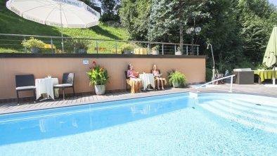 Hoteleigenes Freischwimmbad