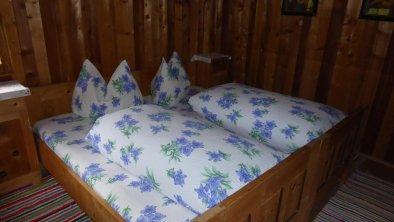 Schlafzimmer Richtung Wasserfall