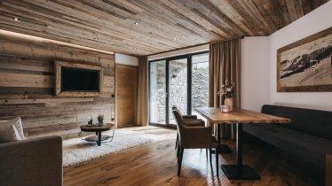 VAYA Fieberbrunn Apartment Wohnzimmer, © VAYA Group