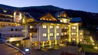 APART-HOTEL AURORA **** Abends