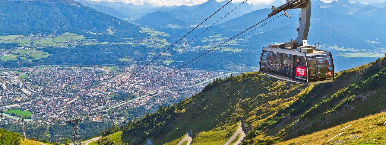Mit der Seegrubenbahn geht es von der Hungerburg auf die Seegrube, © TVB Innsbruck