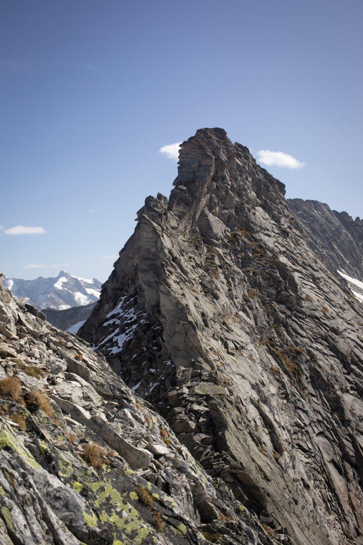 Blick auf die Spatenwand vom Gipfel der neuen Route.
