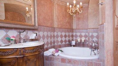 Bad Doppelzimmer Superior, © Boutique Hotel Schloss Matzen