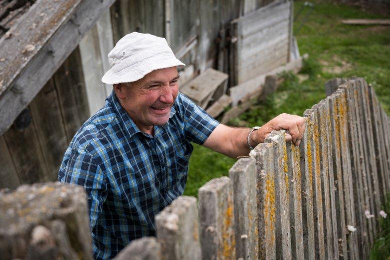 Josef Plangger ist auf dem Stableshof jeden Sommer auf die Hilfe von Freiwilligen angewiesen.