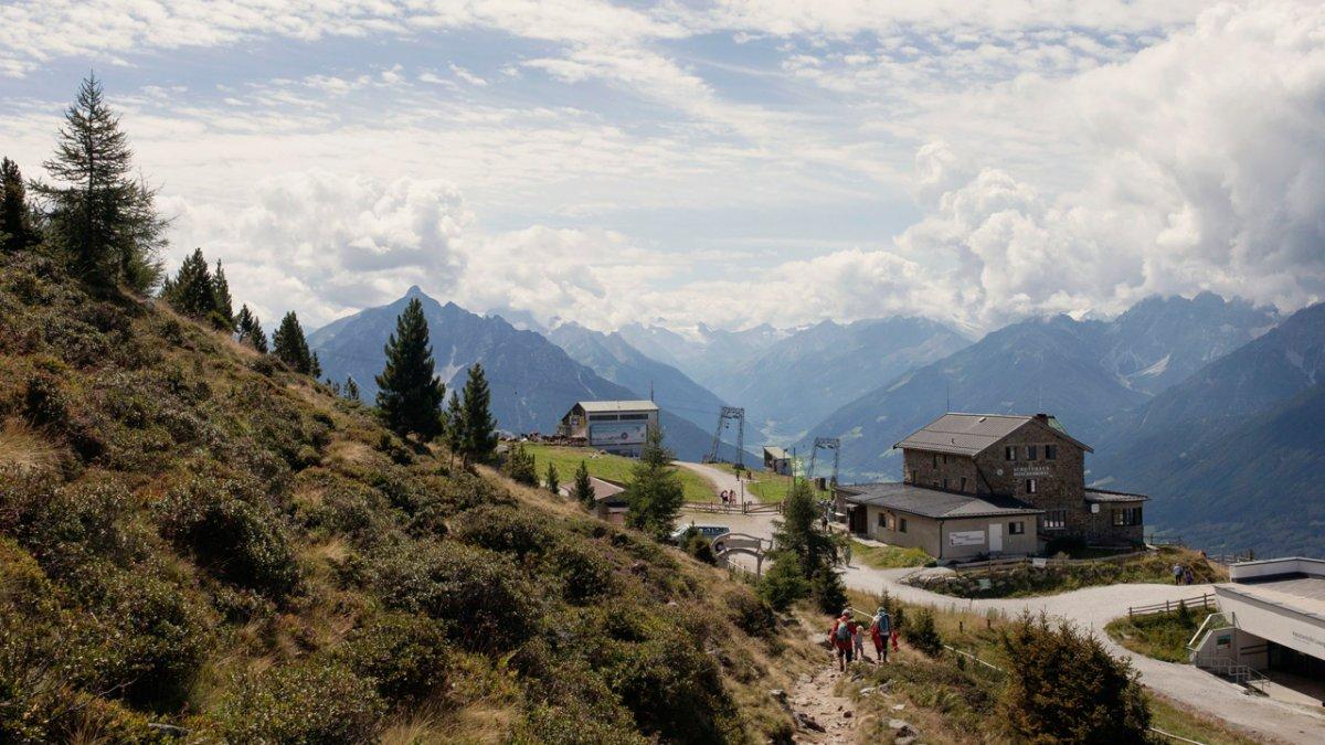 Adlerweg: Zirbenweg am Patscherkofel, © Tirol Werbung
