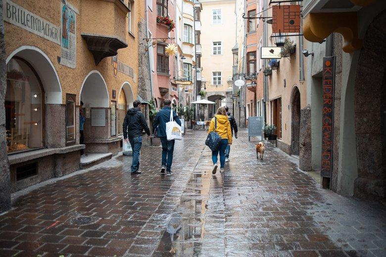 Durch die Altstadt geht es zur Bäckerei Kröll in der Riesengasse.