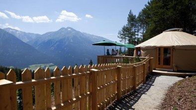 Energia Alpina Jurt mit Ausblick