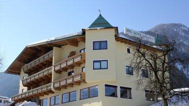 Hotel Gasthof Jäger Schlitters - Seitenansicht