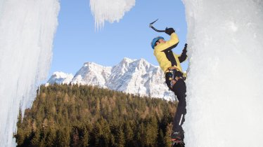 Häselgehr-Eisfall in der Tiroler Zugspitz Arena, © Climbers Paradise