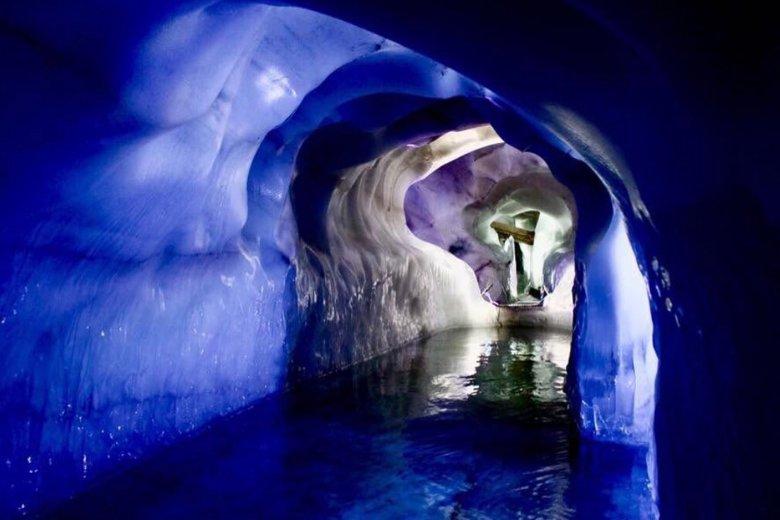 Gletschersee im Natur Eis Palast. , © Natureispalast, Erler