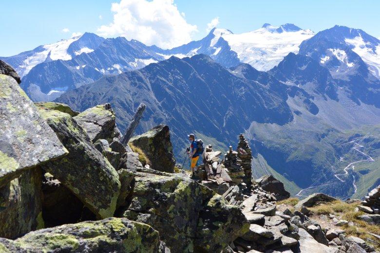 Traumhafte Aussicht am Stubaier Höhenweg.