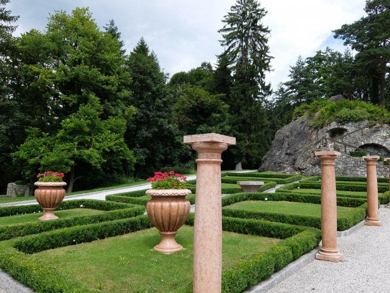 Noch ein Blick in den privaten Schlossgarten für die Gäste.