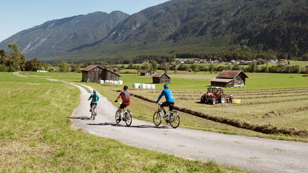 Radfahren in der Region Imst, © Tirol Werbung/Frank Bauer