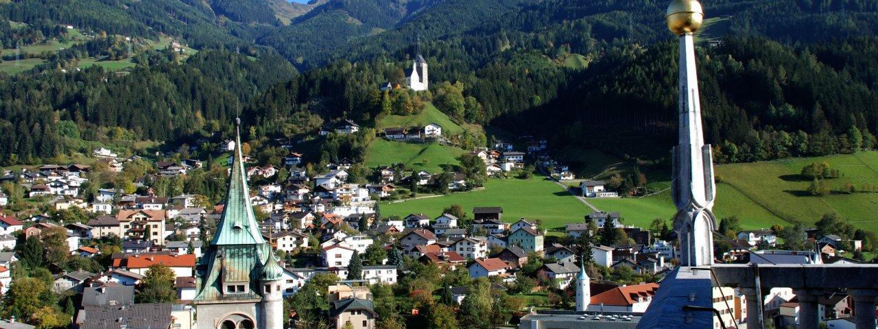 Blick auf Schwaz mit Kellerjoch, © TVB Silberregion Karwendel