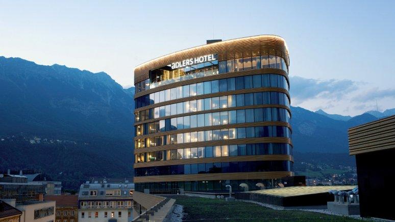 PEMA-Turm mit dem Hotel aDLERS, © das aDLERS