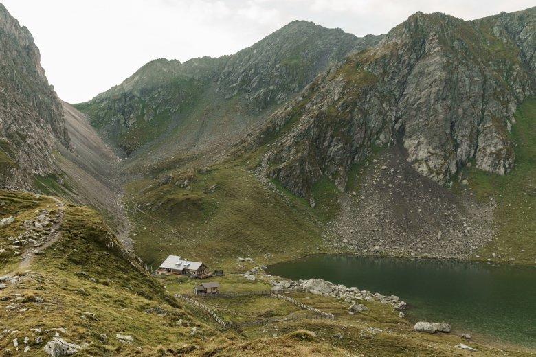 Die Obstansersee Hütte. Foto: Tirol Werbung / Sebastian Schels., © Tirol Werbung / Sebastian Schels