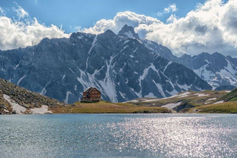 Neue Reichenberger Hütte am Bödensee. Foto: Nationalpark Hohe Tauern / Johannes Geyer., © Nationalpark Hohe Tauern / Johannes Geyer