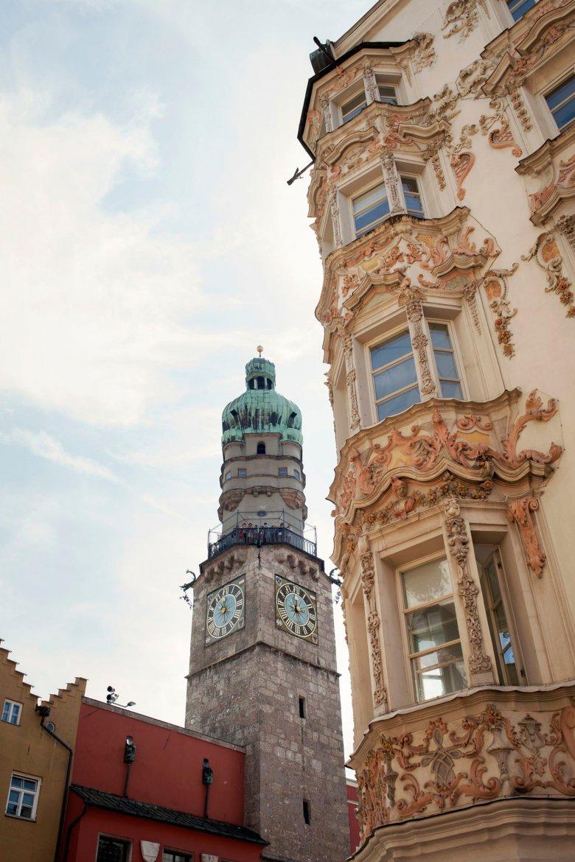 Über 133 Stufen erreicht man die 31 Meter hohe Aussichtsplattform auf dem Stadtturm. , © Tirol Werbung, Verena Kathrein
