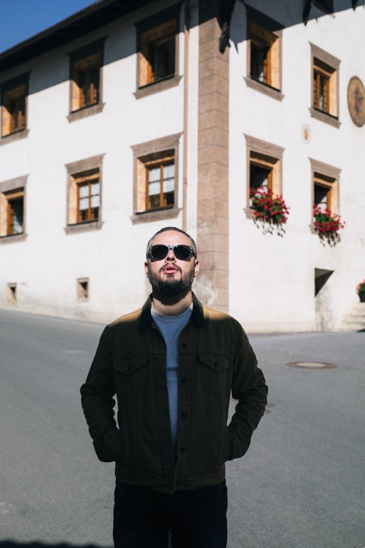 Aussenseiter: Gabriel Castañeda macht Kabarett vom Land fürs Land – das ist in der Branche eher die Ausnahme als die Regel.