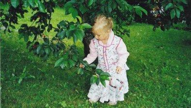 Kirschbaum mit Kind