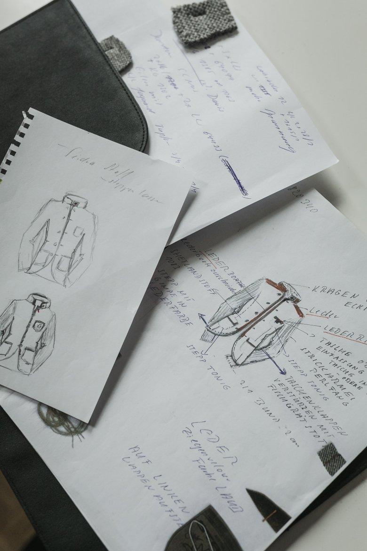Genaue Planung und viel Erfahrung sind für die Sicherstellung der Qualität der Kleidungsstücke unerlässlich.