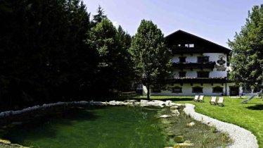 Hotel Hirschen mit Schwimmteich