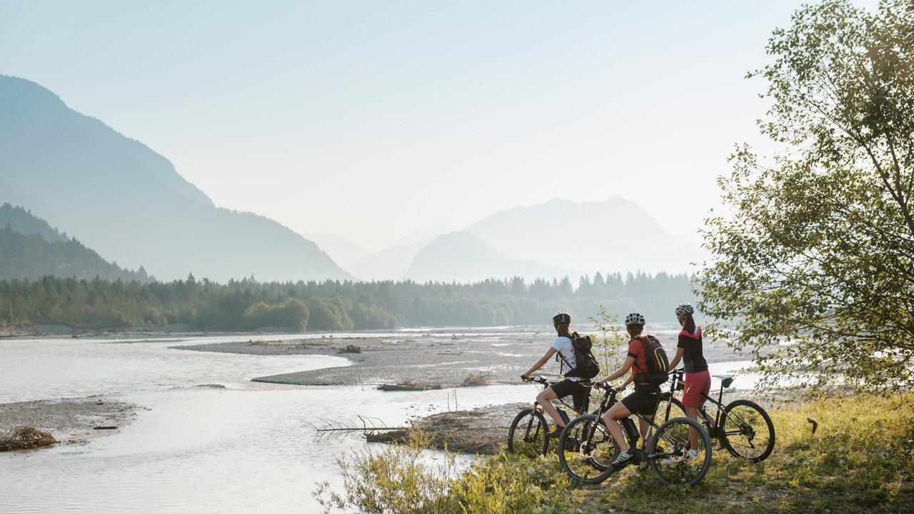 Radtour am Lechradweg, © TVB Reutte / Robert Eder