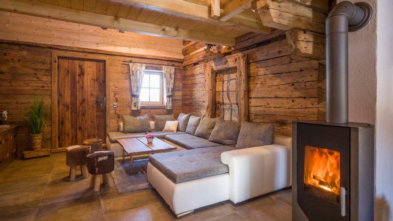 Wohnraum im Chalet Ursteinhütte, © Jakob Gastl