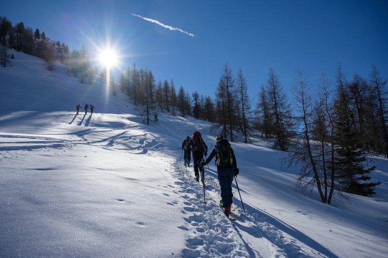 Nicht nur für Schneeschuhwanderer ist das Schmirntal eine ideale Destination, auch Skitourengeher fühlen sich in dem schneebegünstigten Tal pudelwohl.