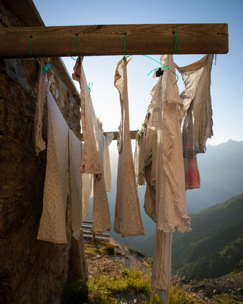40 Matratzen- und acht Zimmerlager müssen täglich auf der Erlanger Hütte in Schuss gehalten werden.
