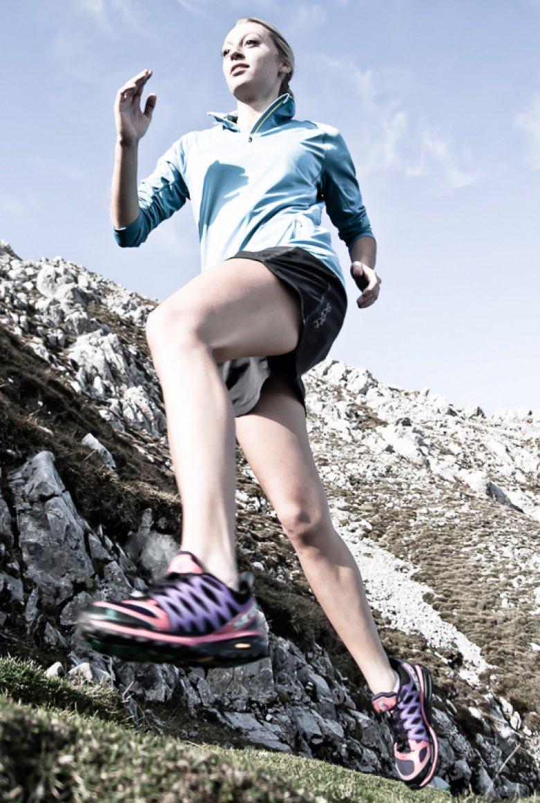 Laufschuhe mit groben Profil empfehlen sich fürs alpine Trailrunning.