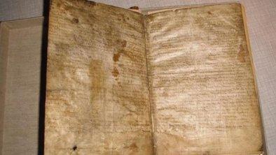2 Seiten auf Eselshaut geschrieben
