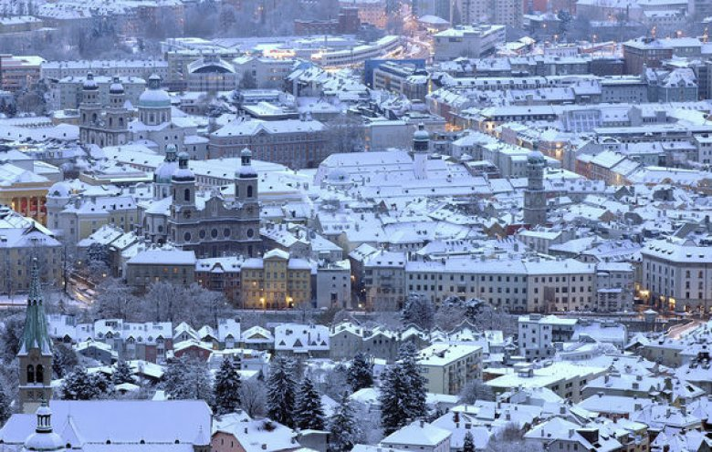 Weiß steht Innsbruck gut. (Foto: Tirol Werbung, Bernhard Aichner)